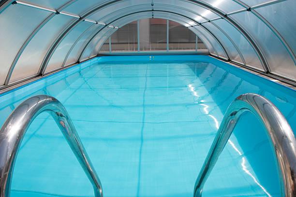 abri piscine semi dome